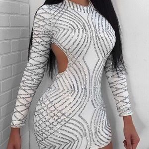 Dresses & Skirts - White and silver body con dress, party dress